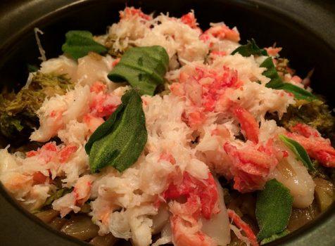【定期訪問】春を感じる丁寧なお料理と日本酒、そして〆は絶品蟹とふきのとうの土鍋ご飯。@新橋堤