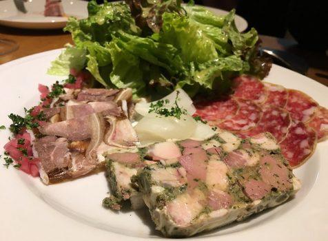 絶品シャルキュトリと肉料理。ワインがすすむ本格派フレンチビストロ。@シャルキュ(虎ノ門)