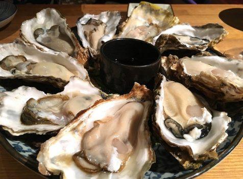 やっぱり牡蠣が好き。日本酒とのマリアージュを楽しめます。@茅場町 牡蠣入レ時