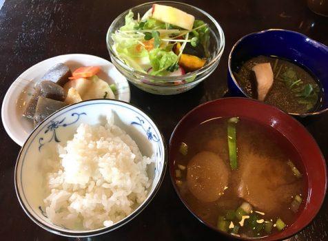 【池尻大橋】JIN JIN CAFE@おばちゃんがほっこりする、昭和のカフェで洋食ランチ