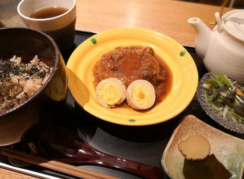 【広尾】賛否両論 寄り道@笠原将弘監修の和カフェでお手頃ランチ。ほうじ茶ソフトも美味!