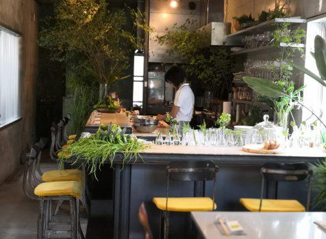 【代々木上原】エンボカ東京@平日ランチで夏野菜のピッツアを。一人でも頼みやすいサイズがいい。
