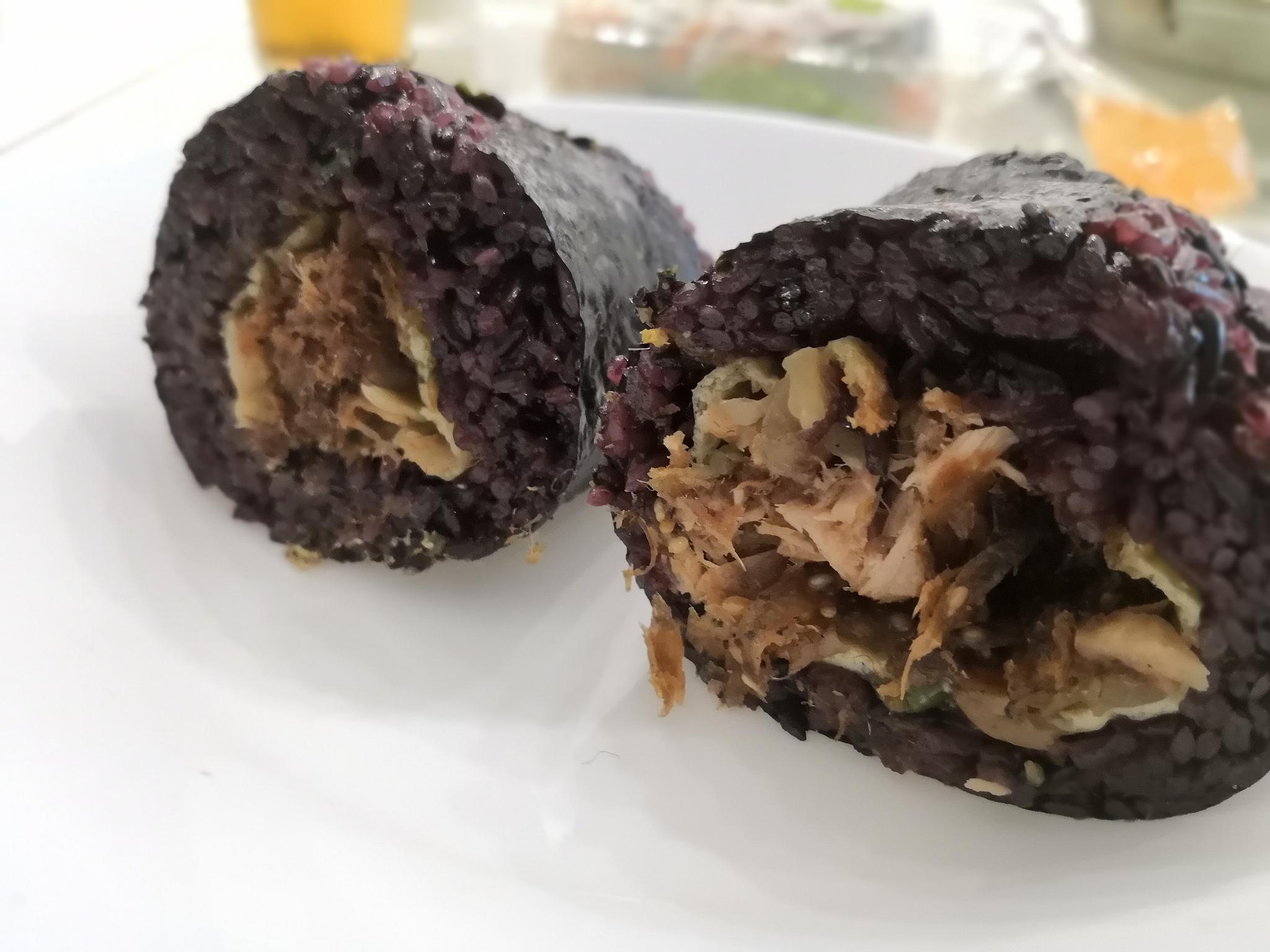 【台湾】青島飯糰(チンダオファントァン)@紫米を使った台湾おにぎりで屋台な朝食を!黒米飯糰ナンバーワン的な人気。