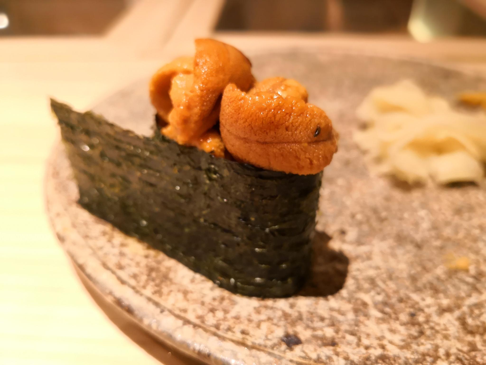 【赤坂】すし晴@手間をかけたネタとシャリの美味なバランス。今年一番に出会えたかも!