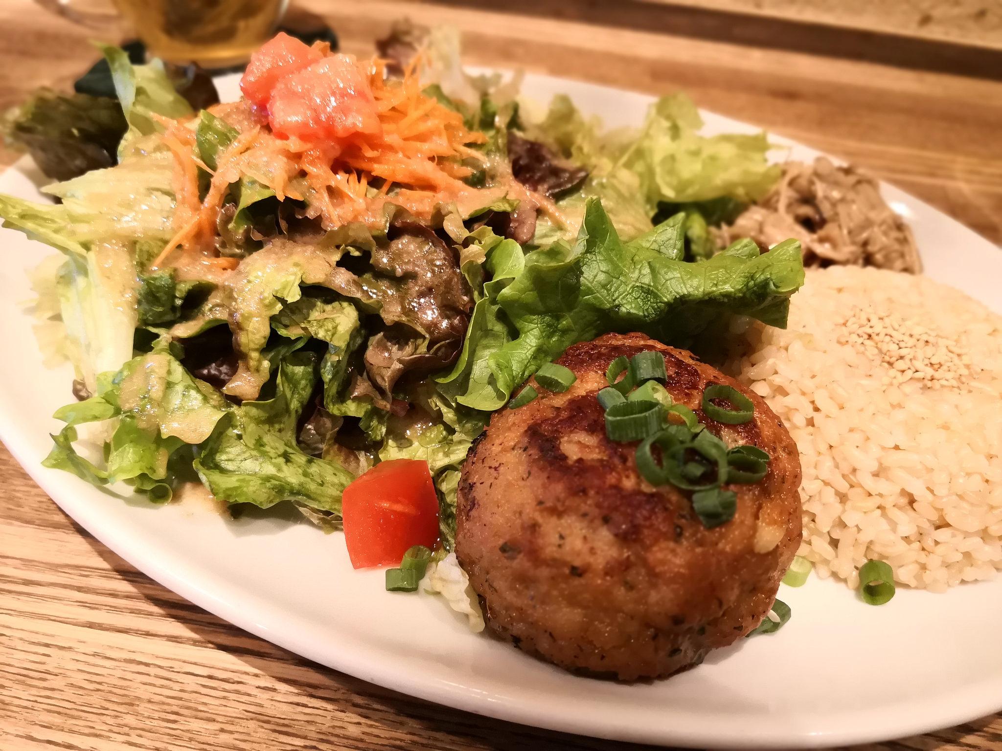 【五反田】フォレスト (Forest)@野菜たっぷりオーガニックランチ。ドリンクはハーブティがオススメ。