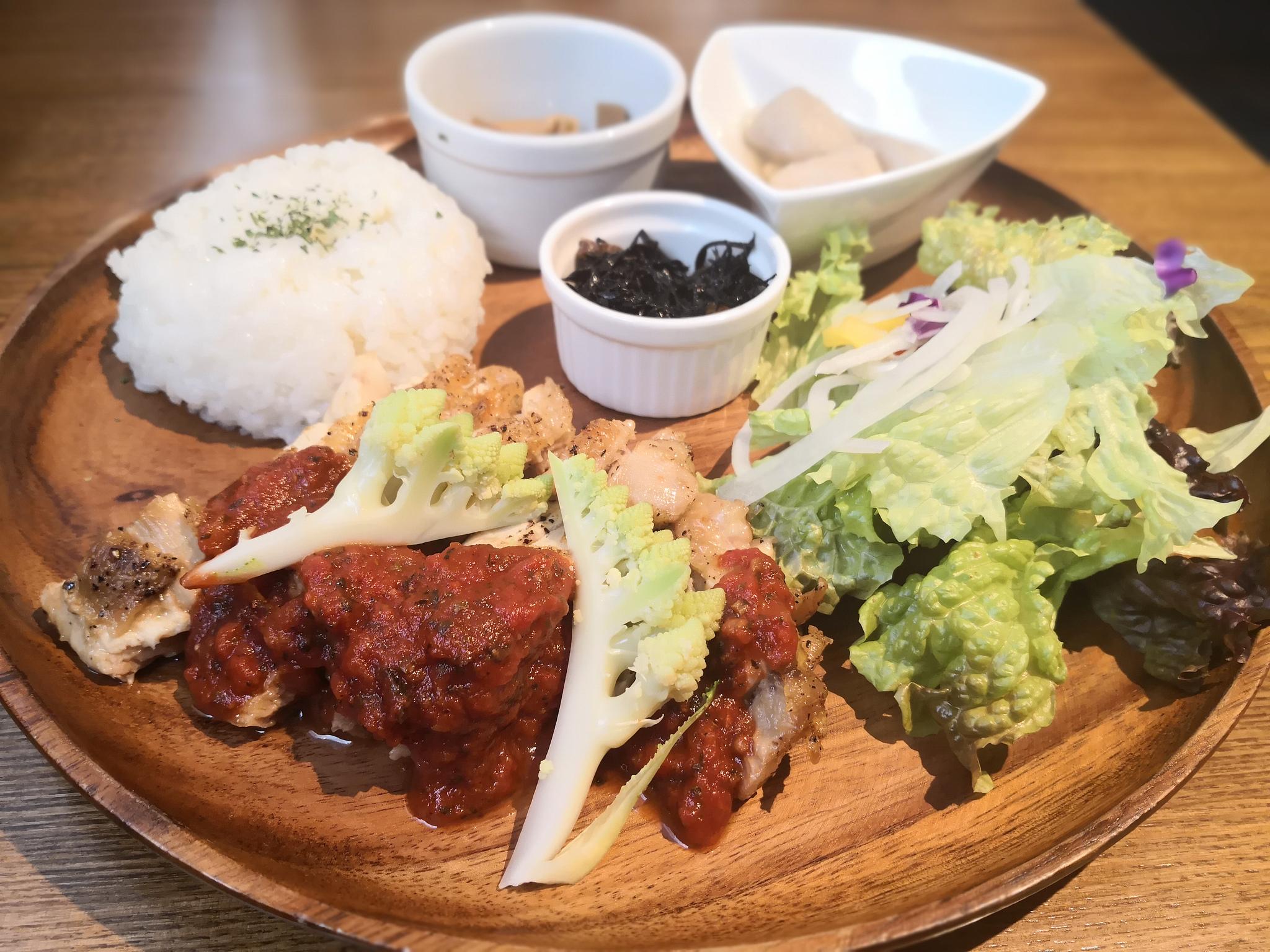 【五反田】Maru kama@鎌倉野菜とカフェ飯。カジュアルに使えるダイニング。