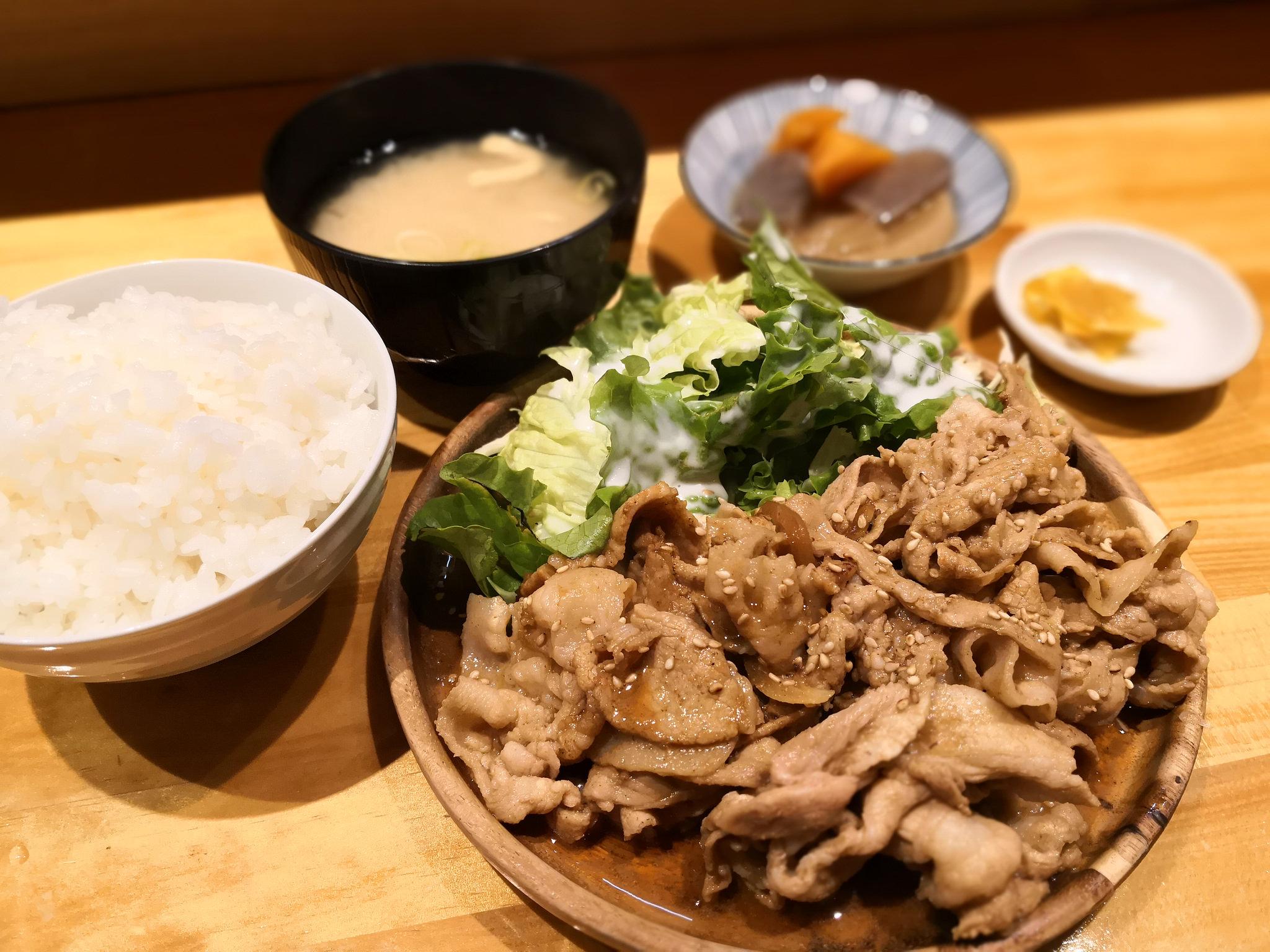 【不動前】酒場食堂 もんぱち 坂ノ上@不動前で人気の居酒屋さんの2号店。コスパランチで、夜も使いやすそう。