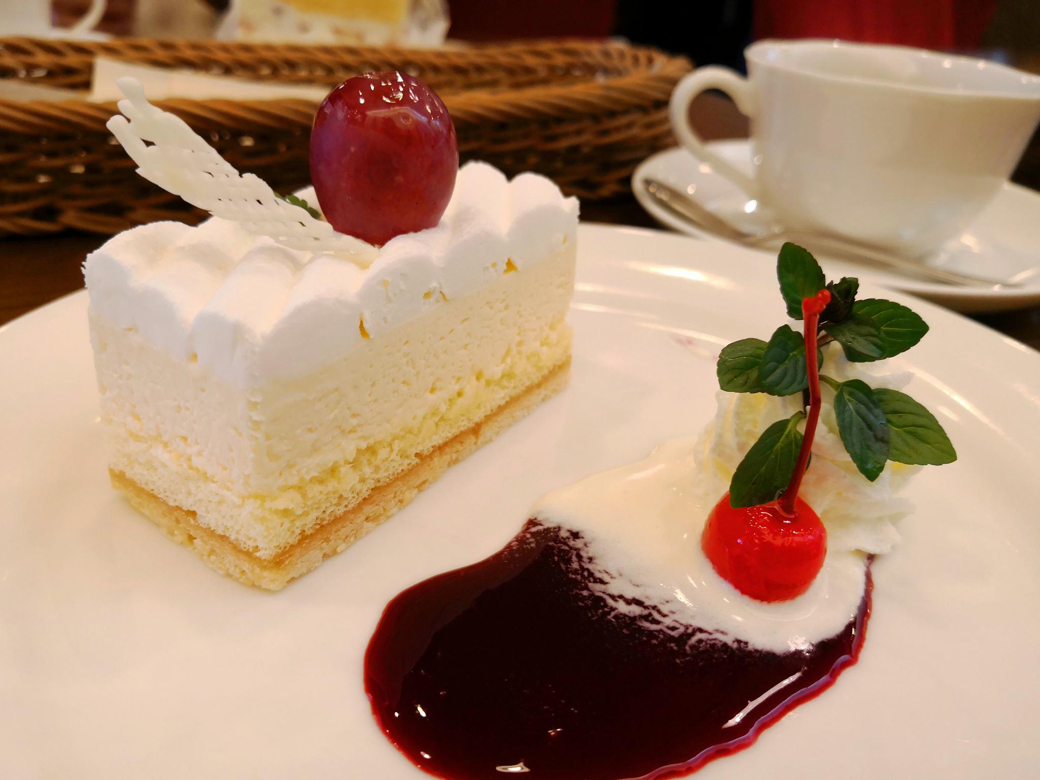 【逗子】珠屋洋菓子店@地元の人が集まる老舗ケーキ屋さん。ゆっくりとした時間が流れます。
