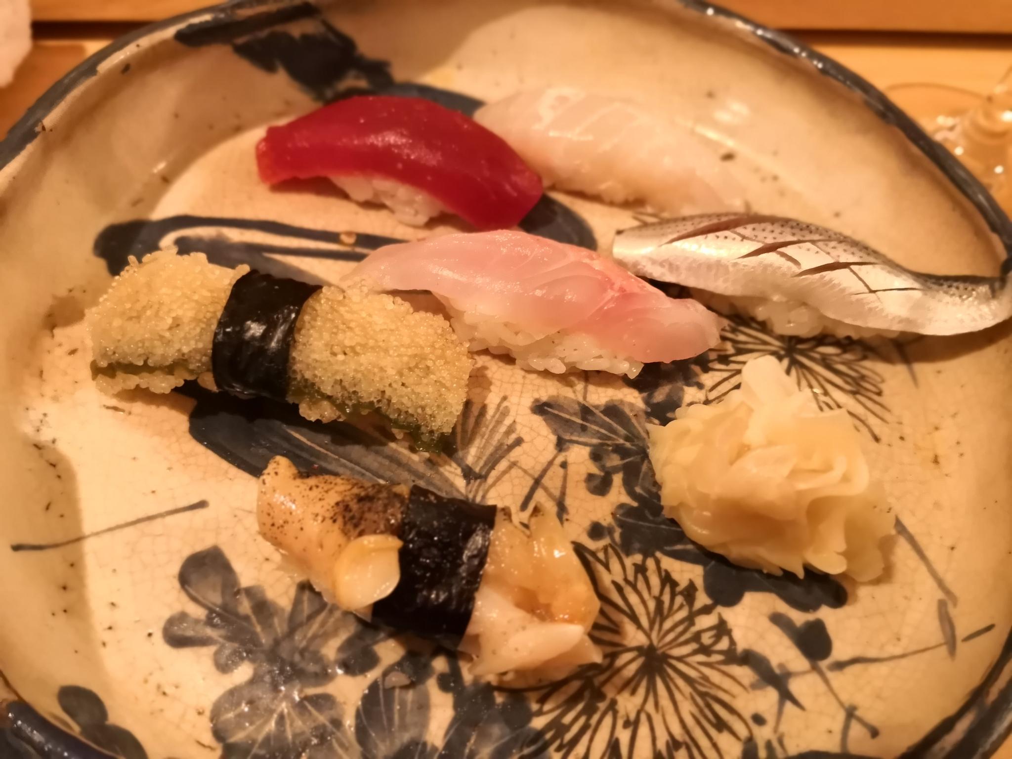 【代々木八幡】おすし磯部@おひとりさまで握りをアテにちょい飲み。気軽に通えるお寿司屋さん。