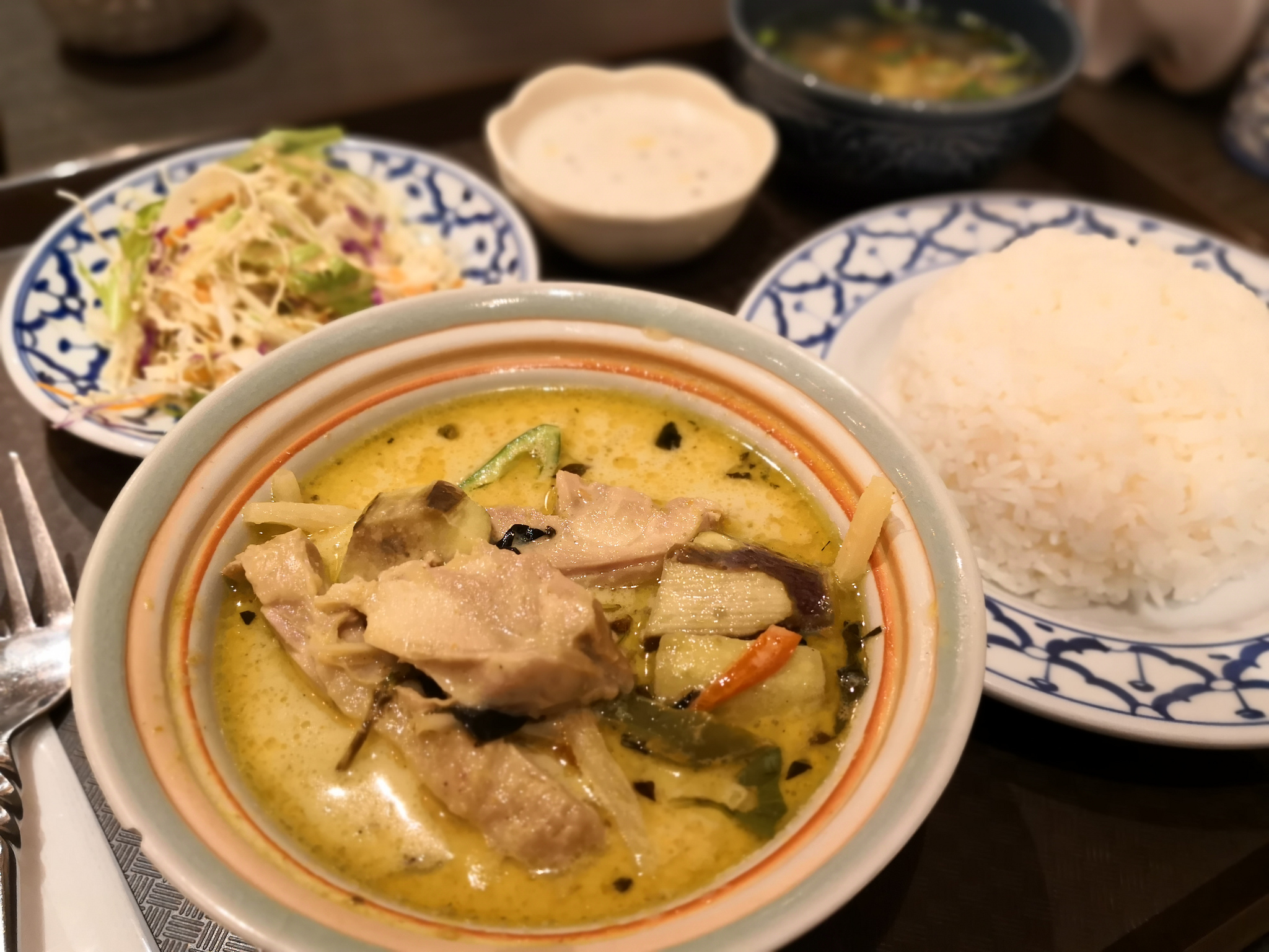 【五反田】ラーンナー@マイルドな味わいで食べやすい駅近のタイ料理屋さん。