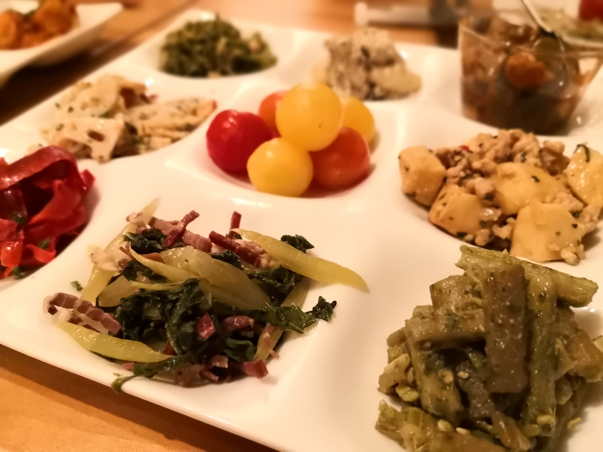 【千歳船橋】和献洋菜Hi-Bi@種類豊富な野菜前菜とセンスのいいアテたちでワインが進む!