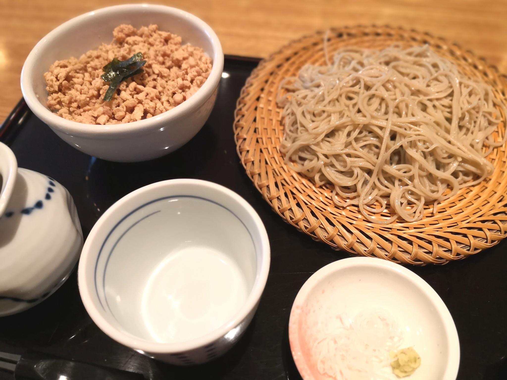 【五反田】倉一@キリリとしたお蕎麦が良い感じ。ジャズが流れる住宅街にありそうなお店。