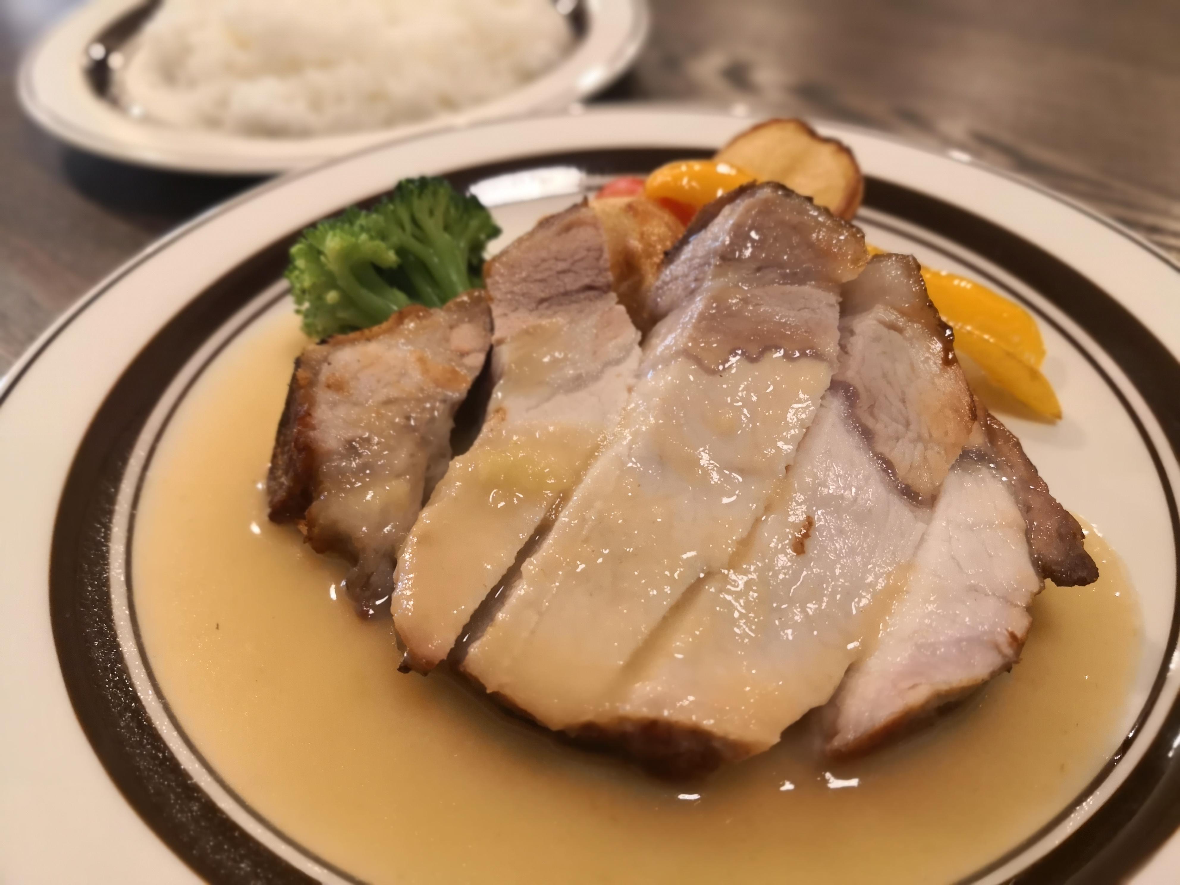 【五反田】ポーカー@豚肉メインなビストロでカジュアルにお肉ランチ。