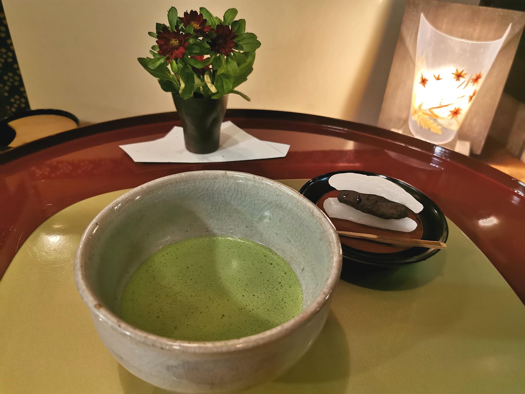 【参宮橋】ティースポット くりくり@昭和レトロな空間でお点前付きの抹茶をいただく!