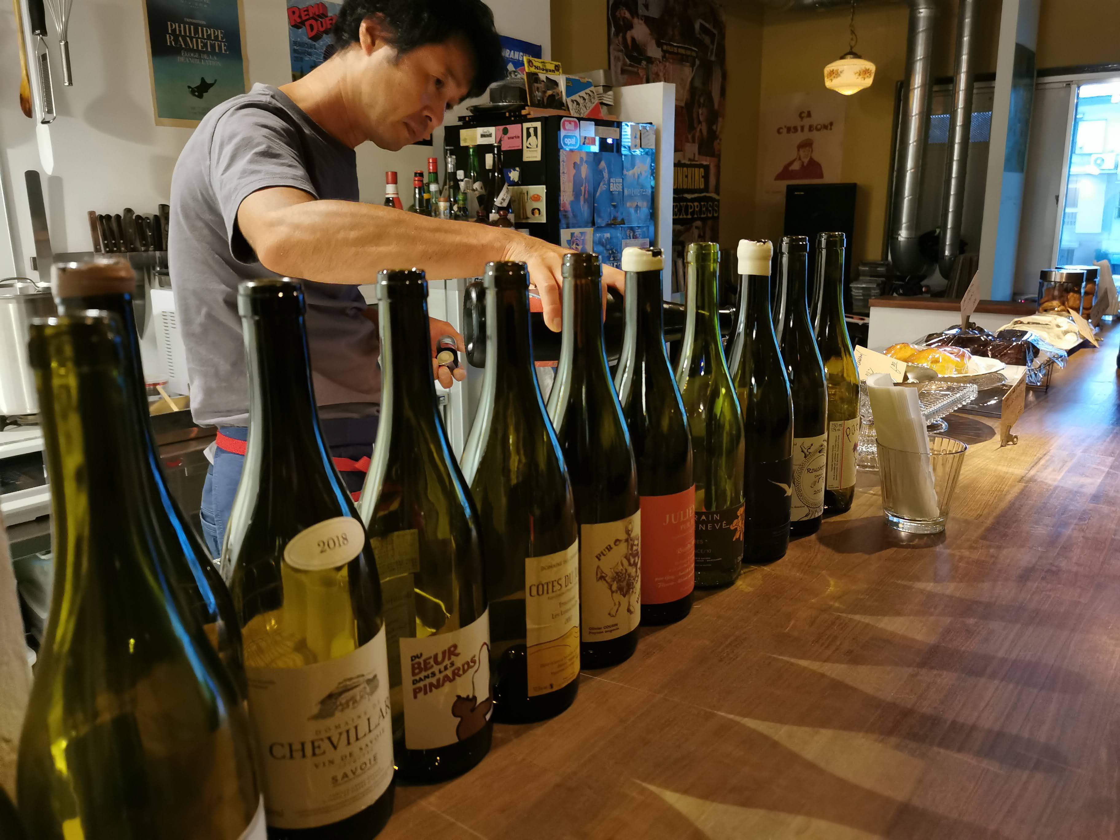 【大阪 堺筋本町】Winestand No.2@マスターが奏でるガレットと焼き菓子とナチュールワインに酔いしれる。