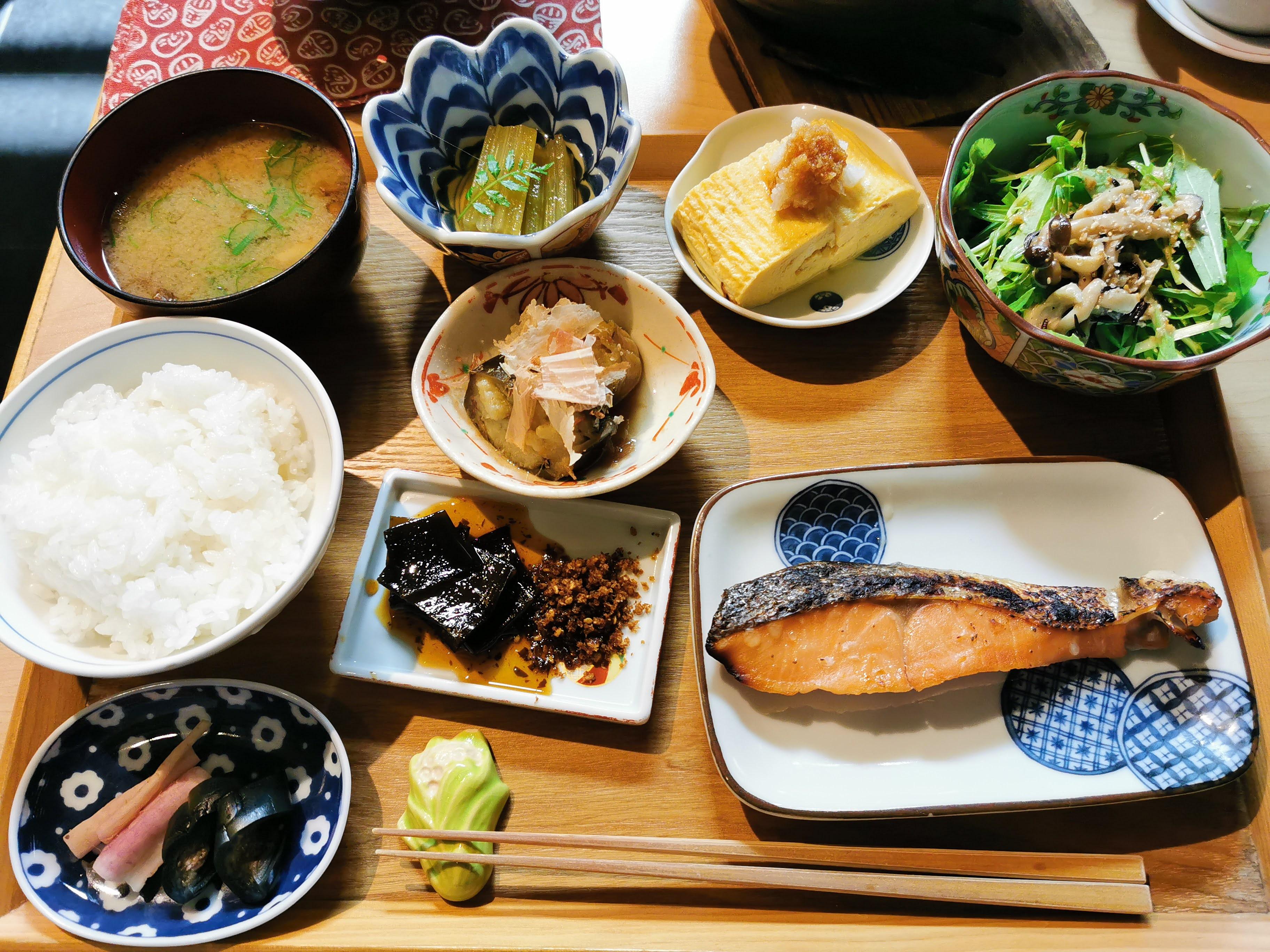 【京都・烏丸御池】旬菜 いまり@人気のおばんざい朝食で京都の朝を満喫!